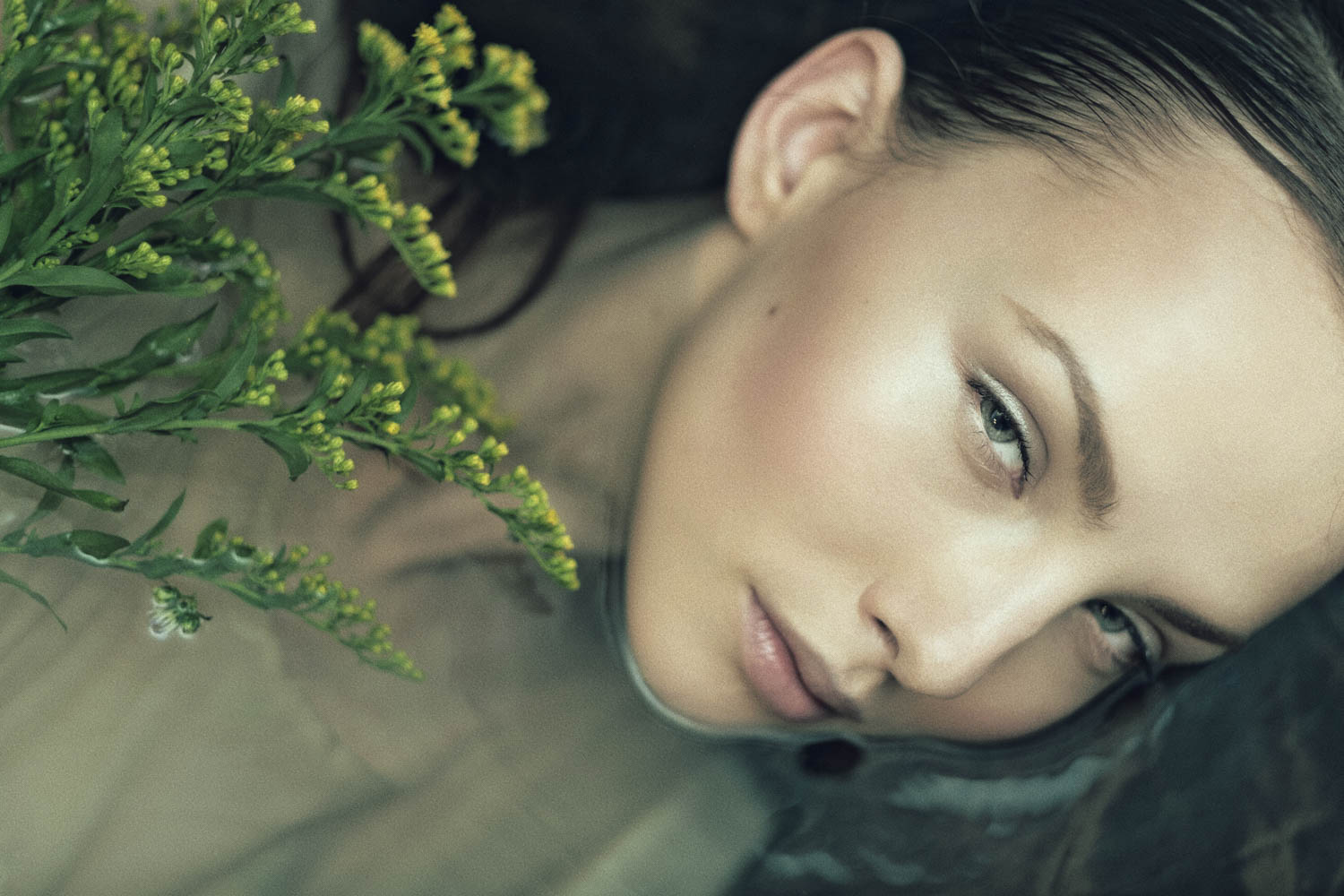 the_forest_magazine_laurie-lou_anna-yanchenko_camille-dievart_0002