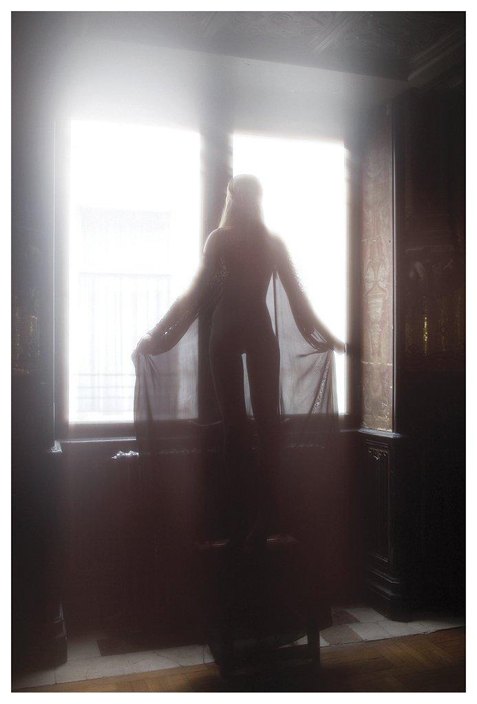 The-Forest-Magazine_Vivienne-Mok_0074