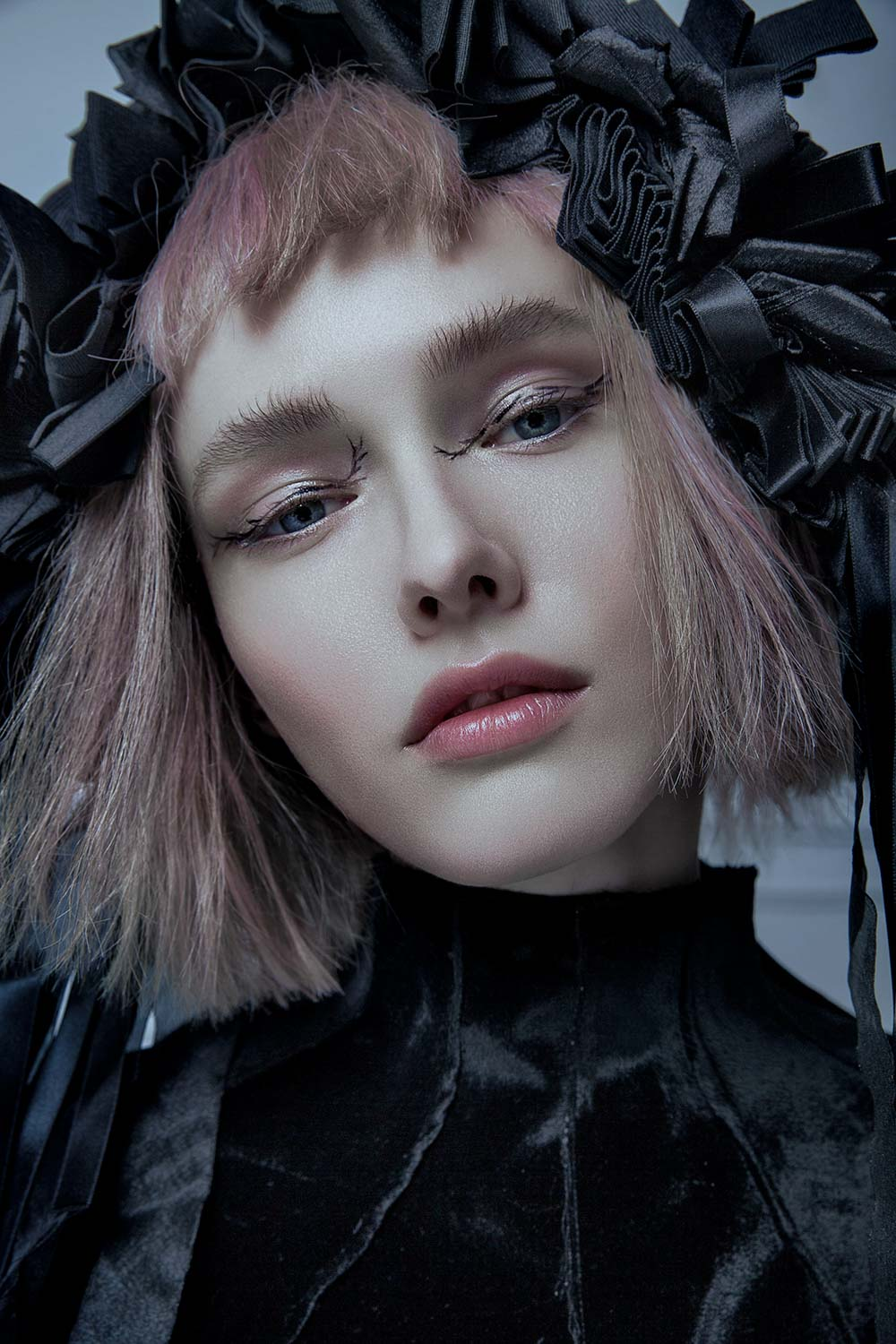 The-Forest-Magazine_Alice-Berg_Sophie-Ostrowska_0017