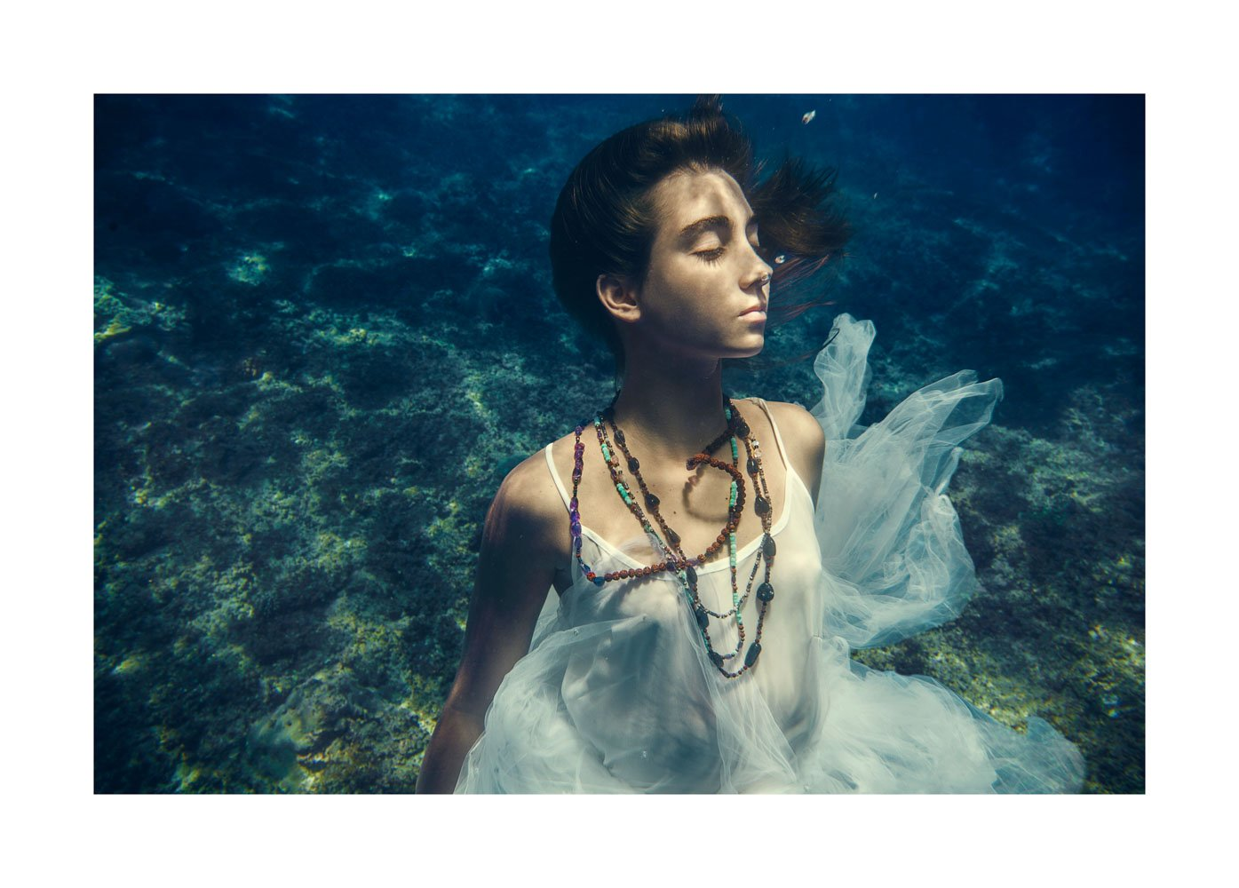 the_forest_magazine_amberly-valentine_alessia-marietti_angie-angorro_0007