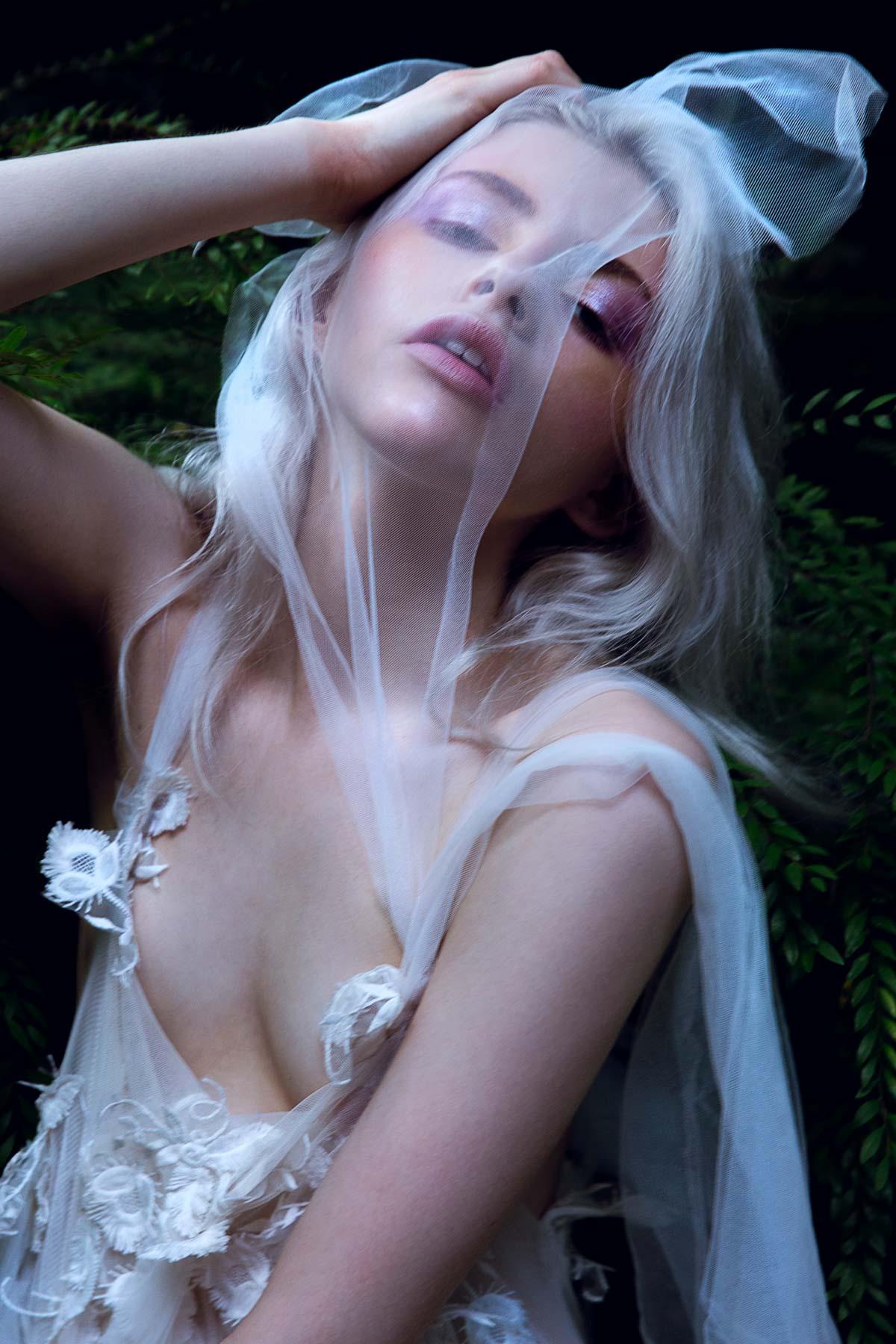 the_forest_magazine_amberly_valentine-neve-angie_angorro_0005