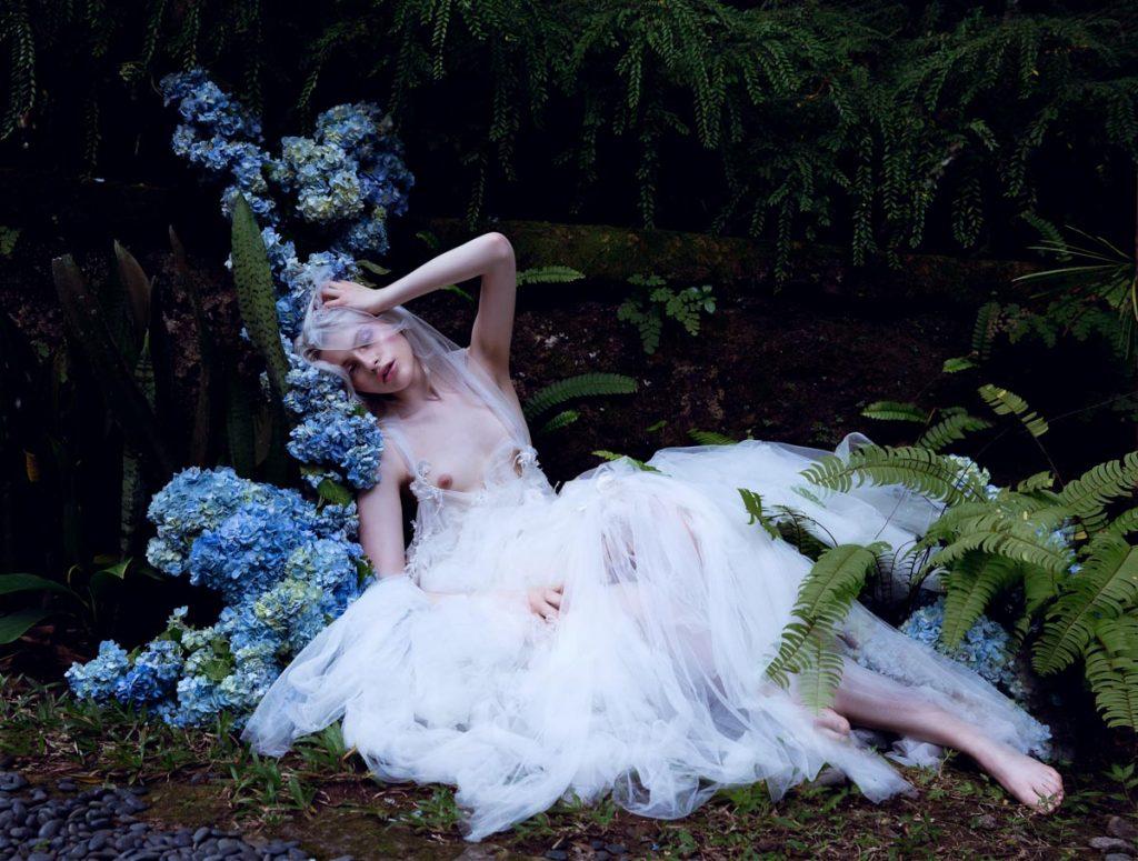 the_forest_magazine_amberly_valentine-neve-angie_angorro_0008